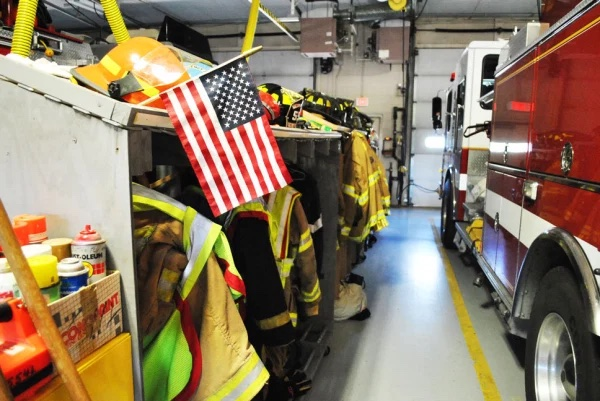 Fire fighter clothing and fire truck